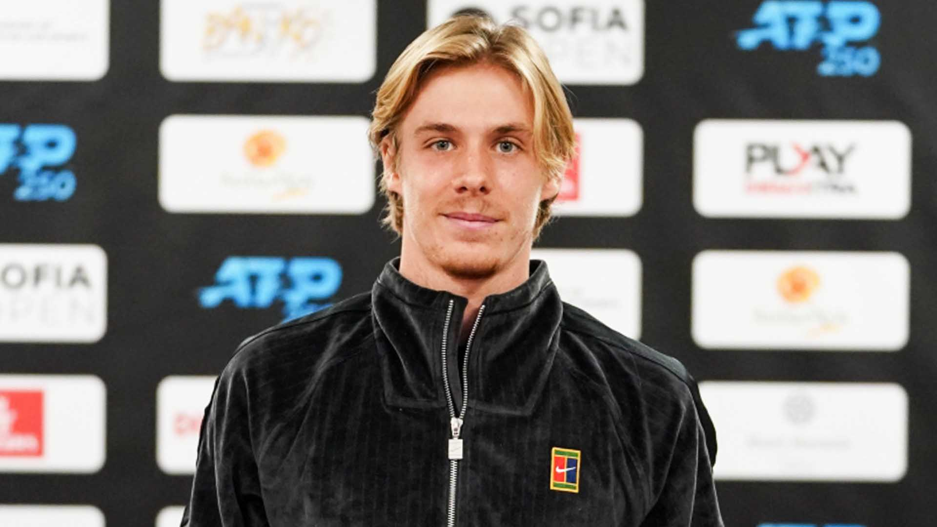 Denis Shapovalov owns a 17-14 record in 2020.